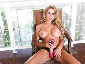 Corinna Blake Fucked On A Desk By A Big Cock Babe